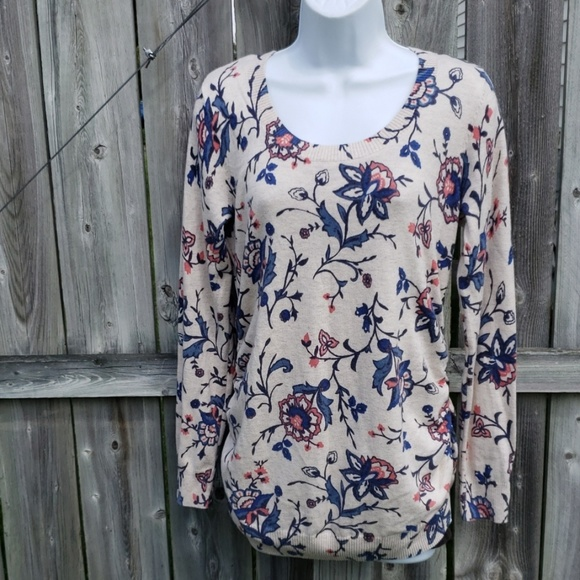 Old Navy Sweaters - Old Navy Maternity Lightweight Floral Sweater